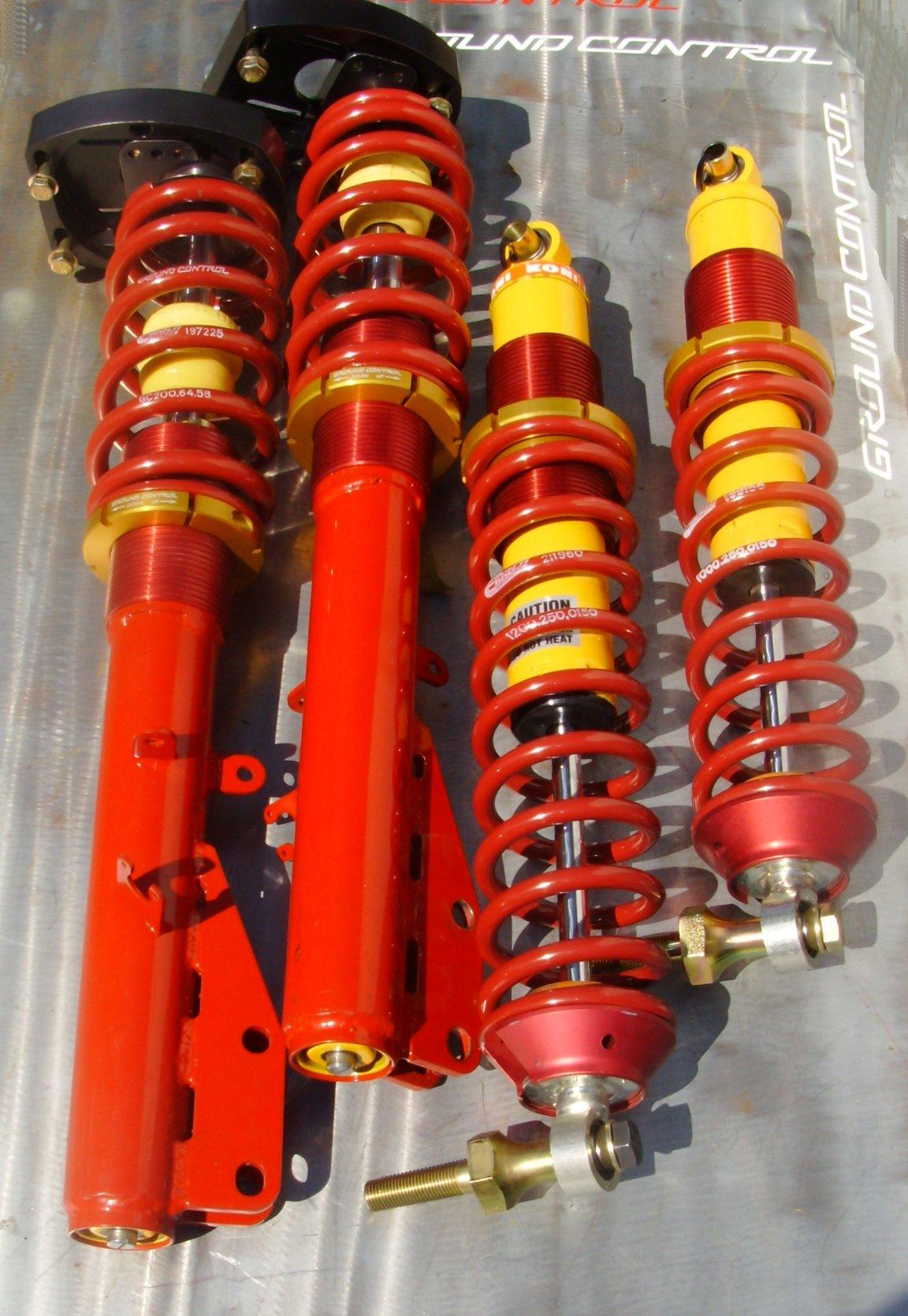 924/944/951/968 Double-Adj. Complete Strut Assemblies<br>w/Rear C/O Shocks